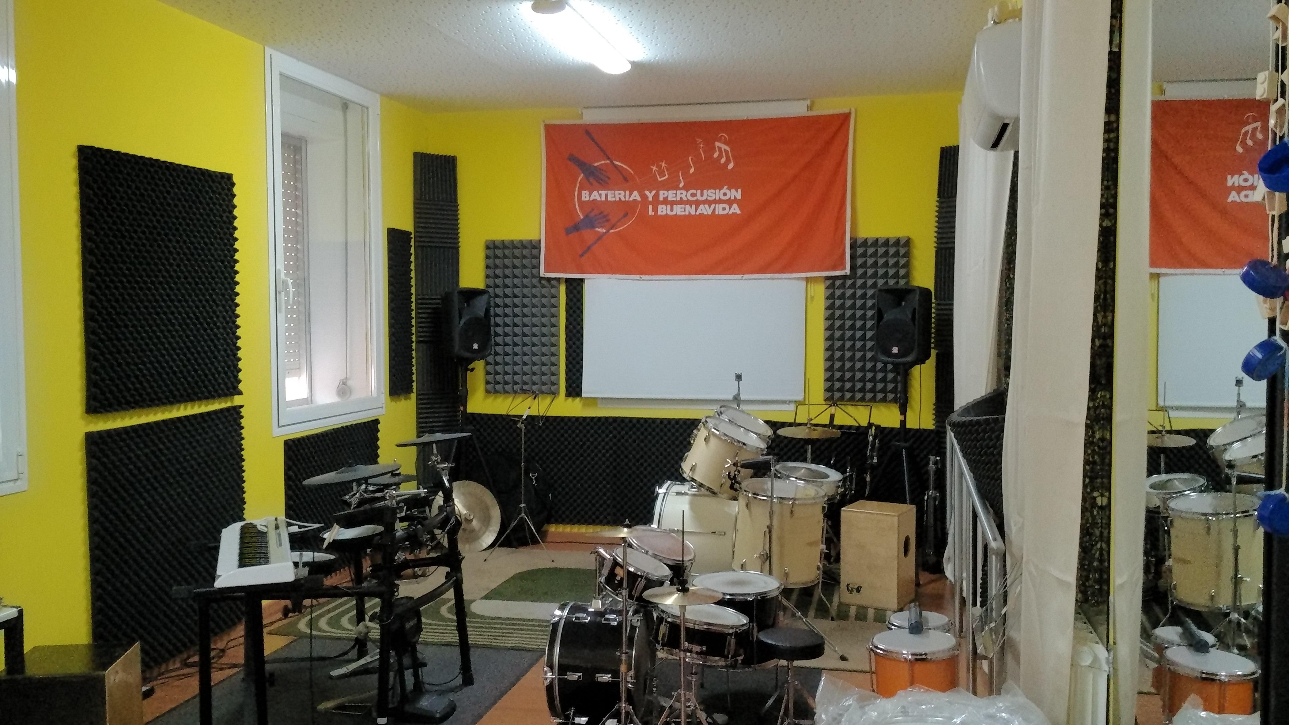 Locales insonorizados en Villalba en alquiler para ensayos musicales