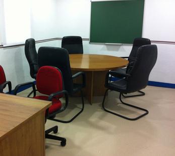 Sala de reuniones para Despacho para iniciar una actividad empresarial en Collado Villalba en el Centro de Negocios Madrid Norte
